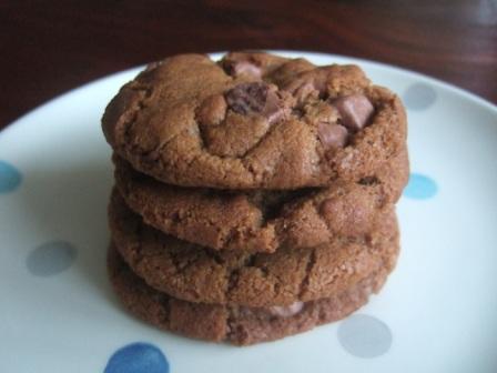Biscoff Chocolate Chip Cookie Showdown Hungryhinny